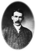 Warren Earp 001